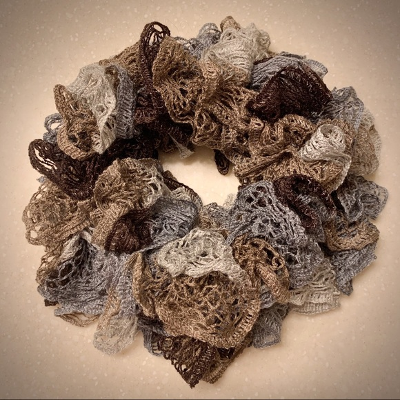 Accessories - Colorful Knitted Ruffled Sashay Fashion Scarf🧣